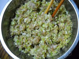 卷心菜鲜肉包Re.jpg