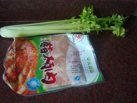 香芹炒猪颈肉的做法