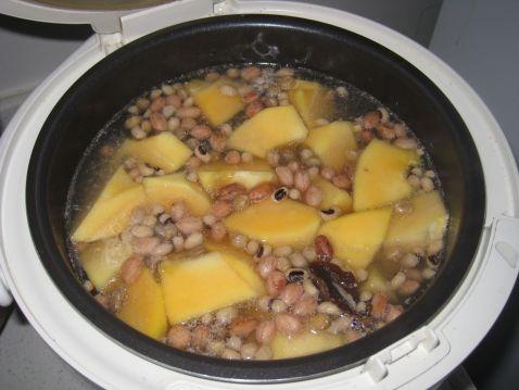 排骨煲花生木瓜的做法