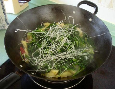 菠菜炖土豆XO.jpg