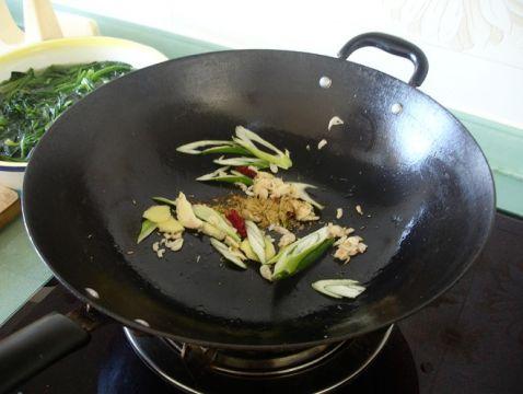 菠菜炖土豆rj.jpg