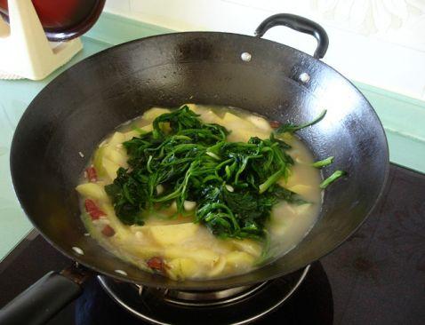 菠菜炖土豆Oi.jpg
