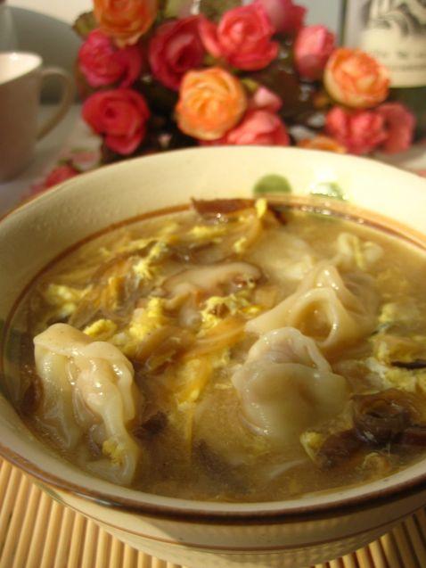 酸汤馄饨的做法_家常酸汤馄饨的做法