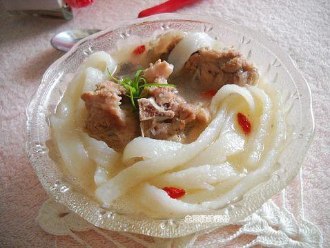 土豆粉炖脊骨um.jpg