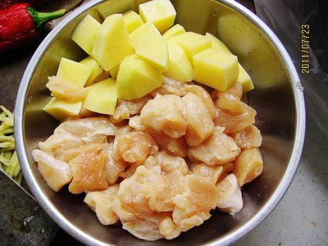 土豆鸡丁kT.jpg