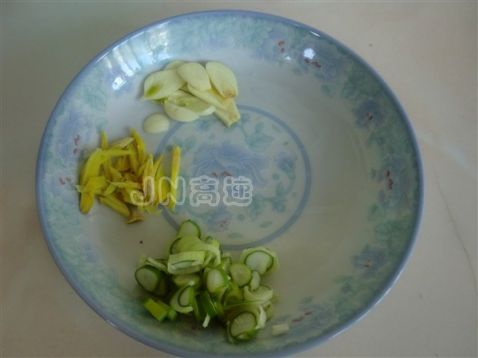 海鲜豆腐粉丝煲dj.jpg
