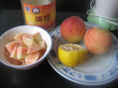 图片鲜桃蜜汁的柠檬_柠檬鲜桃大全做_美食杰临洮美食甘肃蜜汁做法图片
