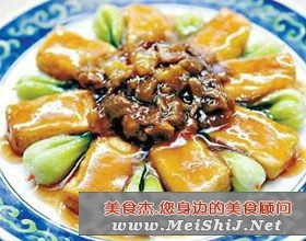 炸豆腐烧香菇
