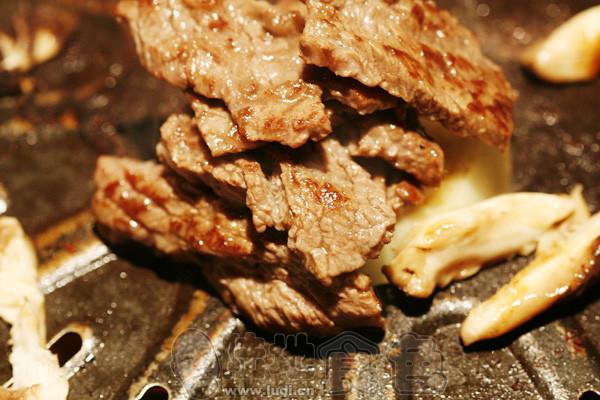 山高水丽韩式烧烤图片
