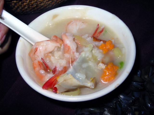 好味地道的潮州沙锅粥--潮膳砂锅粥的做法