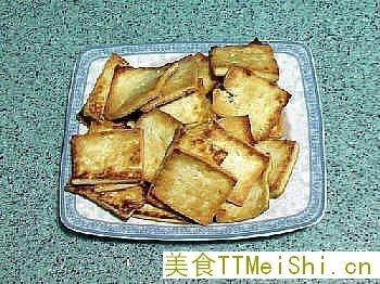 干煎老豆腐的做法:-干煎老豆腐