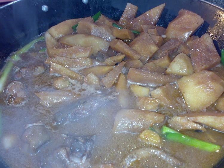 第一次吃木炭火锅,很有趣