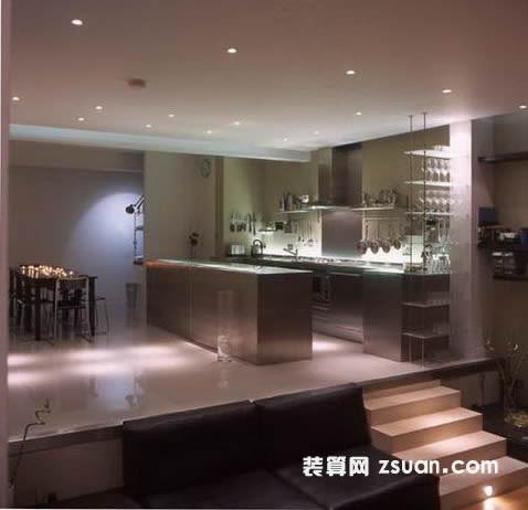 现代欧式厨房效果图暖色橱柜