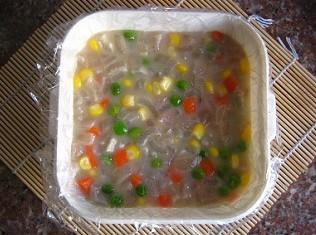 捞汁什锦的做法_什锦猪皮冻,什锦猪皮冻的家常做法 - 美食杰菜谱做法大全