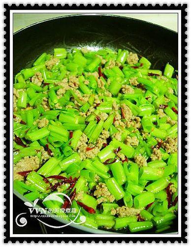 空心菜梗炝炒肉末Zj.jpg