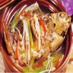 砂锅什锦鲫鱼汤的做法