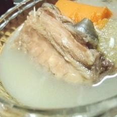 炖鱼汤的做法