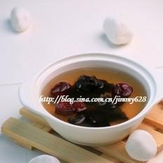 冰糖木耳红枣汤