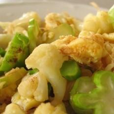 白胡椒双色菜花炒蛋