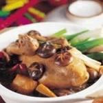 香菇鸡砂锅