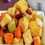 葱爆豆腐条