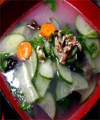 黄瓜木耳汤