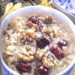 核桃姜汁红枣粥的做法