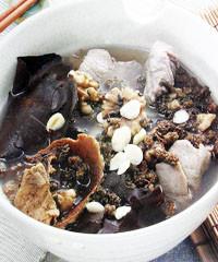 黑芝麻核桃肉汤