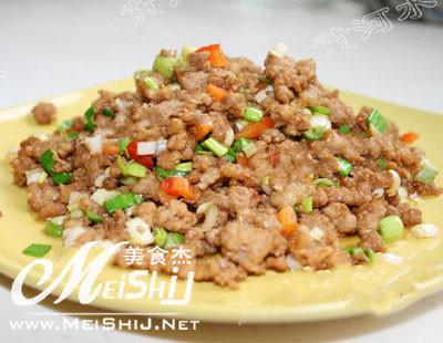 用黄酱拌饺子馅的方法