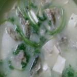 醋椒鱼头豆腐汤