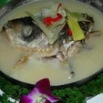 天麻炖鱼头