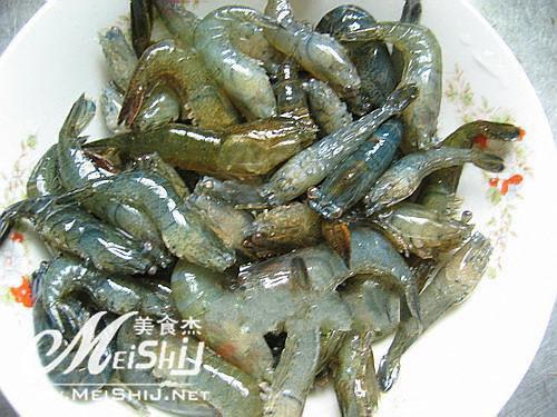 油爆河虾的做法