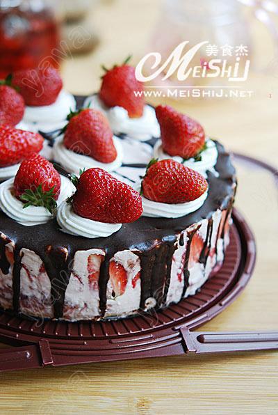 草莓慕丝蛋糕dp.jpg