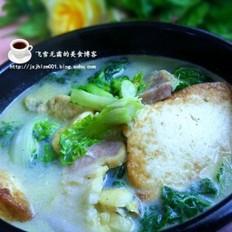 河蚌咸肉炖豆腐