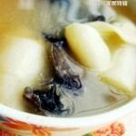 花胶竹丝鸡汤的做法