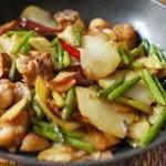 干锅土豆鸡肉