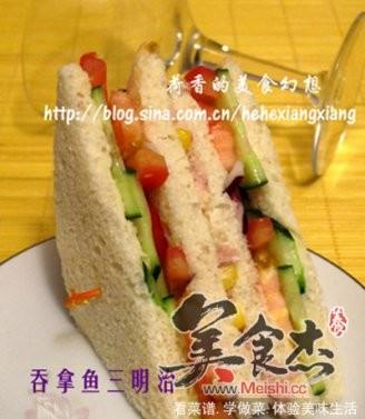 吞拿鱼法棍三明治的做法