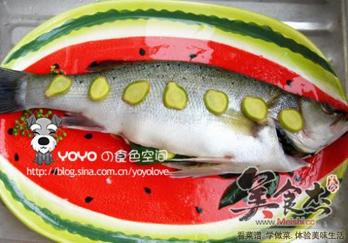 清蒸鲈鱼lF.jpg