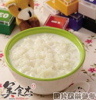 牛奶粥的做法