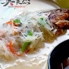 瘦小腹鱼汤的做法