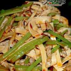 芹菜千张肉丝的做法