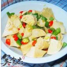 双椒炝素鸡的做法