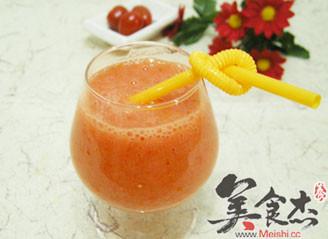 圣女果芒果果汁的做法