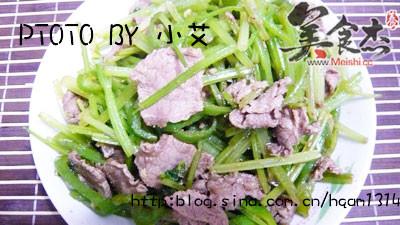 芹菜炒牛肉MG.jpg