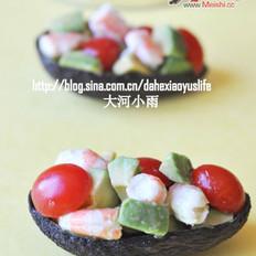 牛油果西红柿虾仁沙拉