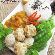 鲮鱼丸咖喱牛肉饭