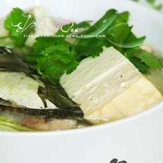 双彩豆腐鱼头汤的做法