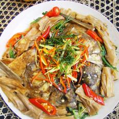 腐竹干烧鱼头的做法