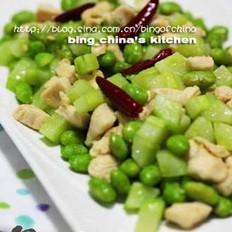 黄瓜鸡丁炒毛豆的做法