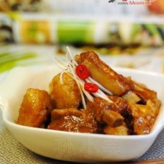排骨烧粽子的做法